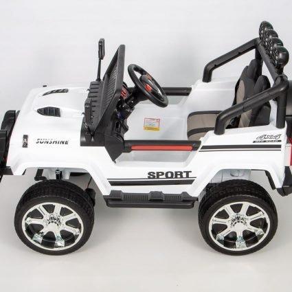 Электромобиль Jeep T008TT 4WD белый (2х местный, полный привод, колеса резина, кресло кожа, пульт музыка)